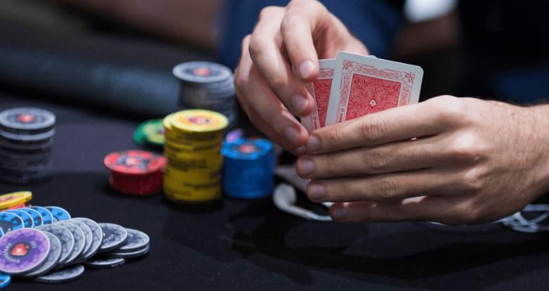 Помилки при грі в покер з фішамі