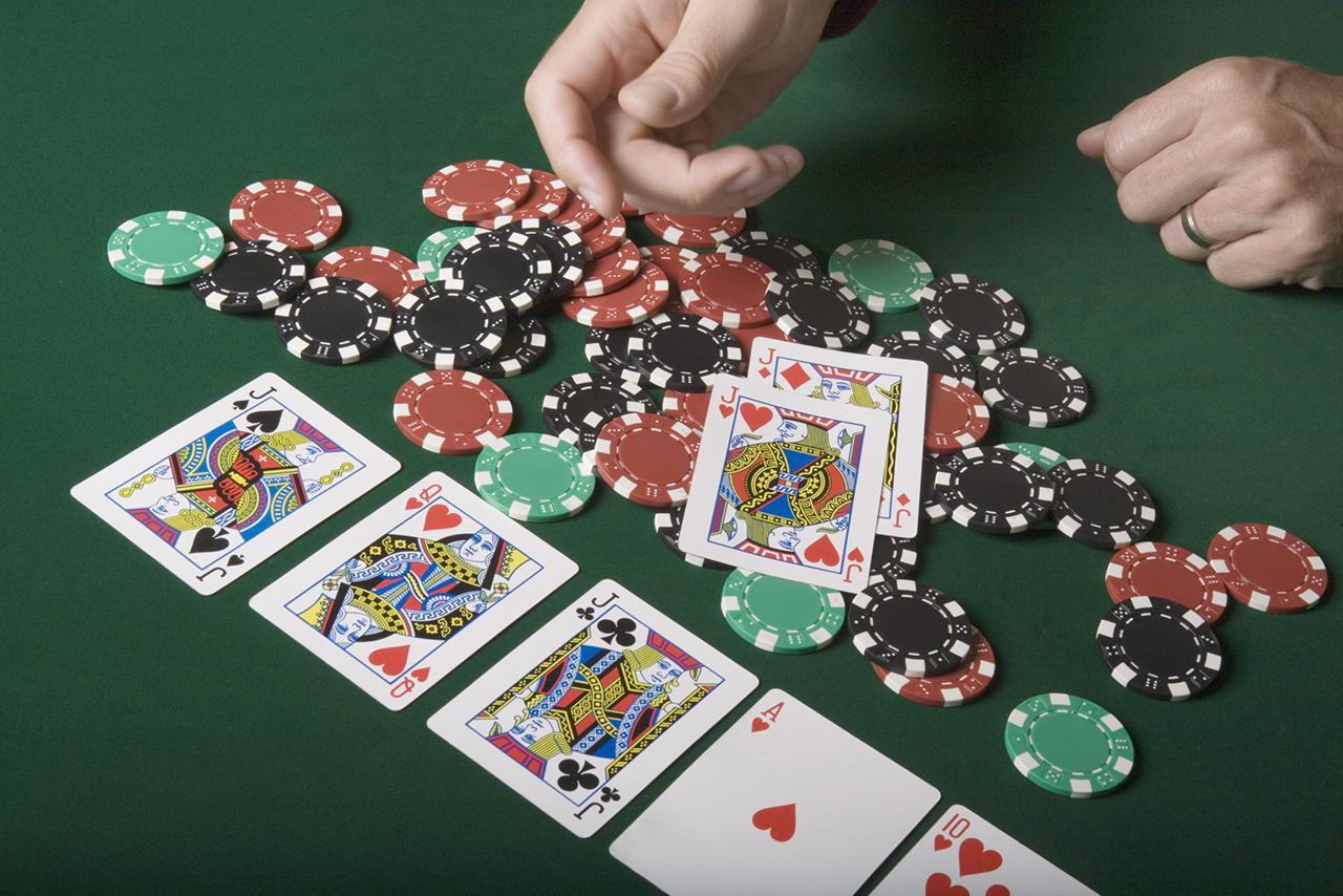 Як грати в покер? Докладні правила гри