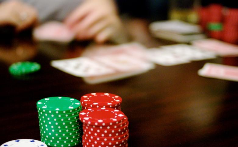 Стек в покері - чому кількість фішок за столом впливає на стратегію