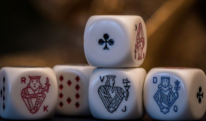 Покер на кістках
