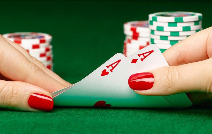 Ментальні помилки в оцінці покерних ризиків
